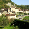 Baume-les-Messieurs, village et abbaye||<img src=./_datas/p/r/y/pry1ngdyfn/i/uploads/p/r/y/pry1ngdyfn//2012/07/10/20120710194533-6d892341-th.jpg>
