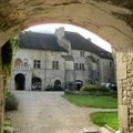 Baume-les-Messieurs, entrée de l'abbaye||<img src=./_datas/p/r/y/pry1ngdyfn/i/uploads/p/r/y/pry1ngdyfn//2012/07/10/20120710195448-a296f61b-th.jpg>